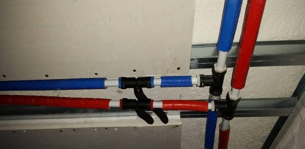 Prova tenuta tubazioni dei pannelli radianti a soffitto