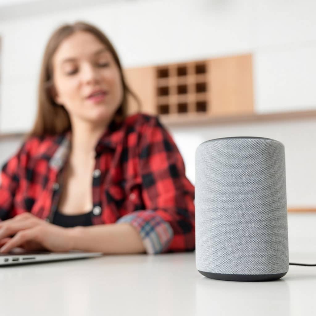 Pandemia e distanziamento sociale - Controllo vocale dei dispositivi.